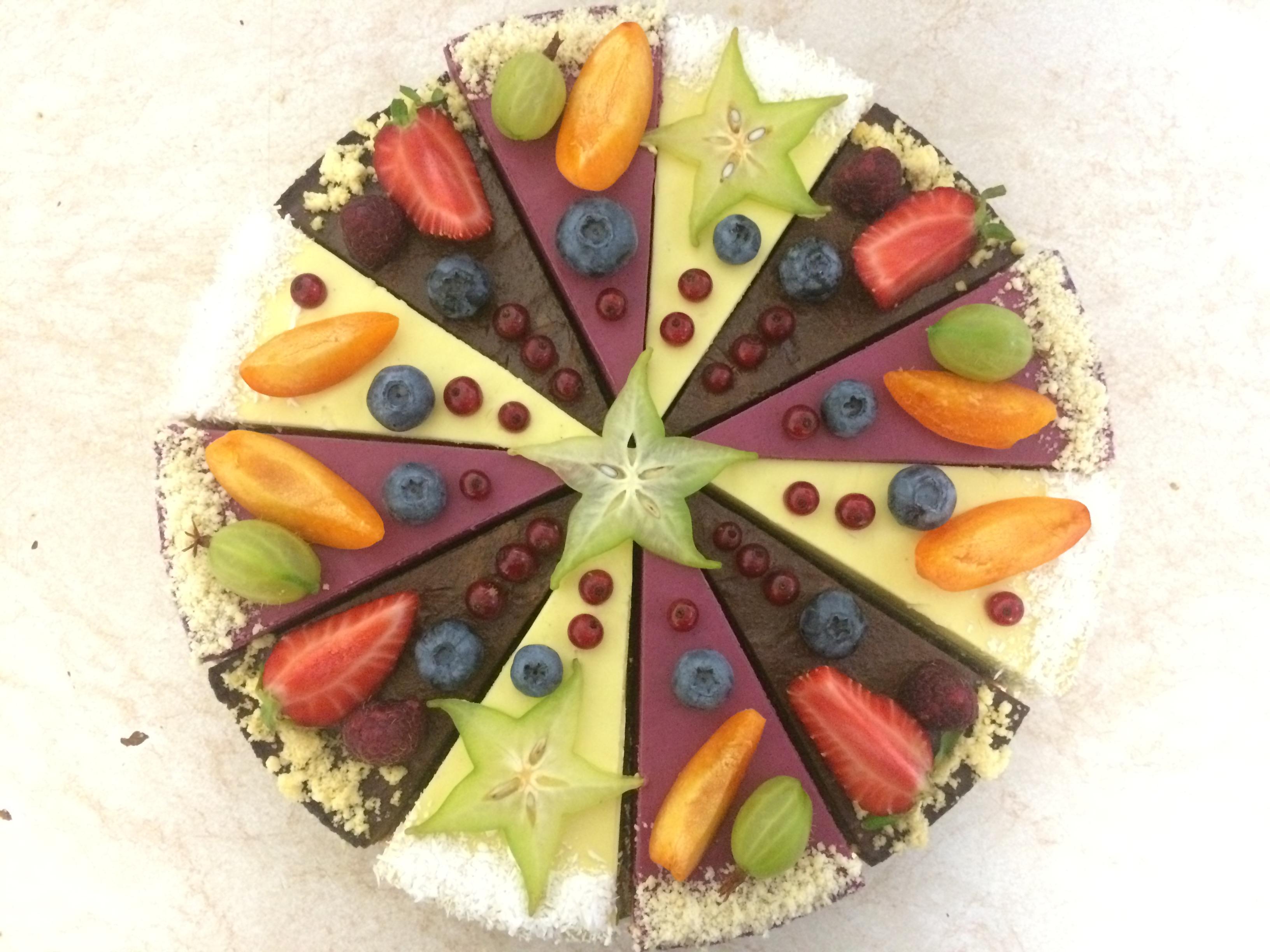 Raw mix torta